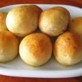 Heerlijke bieslook-knoflook broodjes á la Levine