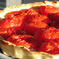 Tomatentaart met geitenkaas en pesto